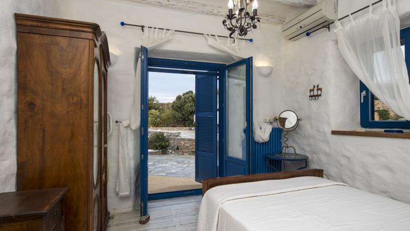 yoga retreat greece private room